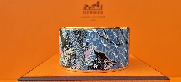 Hermès Enamel Bracelet Dans Un Jardin Anglais Shirley Rosé Ghw Size 65 GRAIL For Sale 2