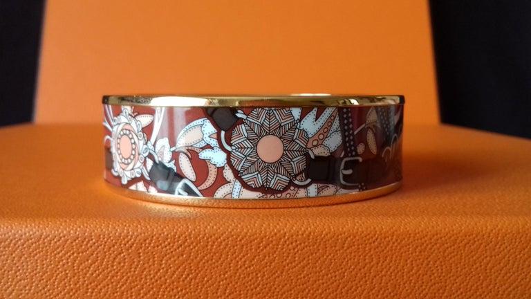 Beautiful Authentic Hermès Bracelet  Pattern: