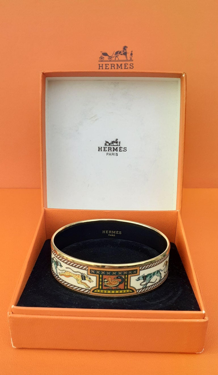 Hermès Enamel Bracelet Greyhound Dogs Lévriers Golden Hdw Size PM 65 For Sale 8
