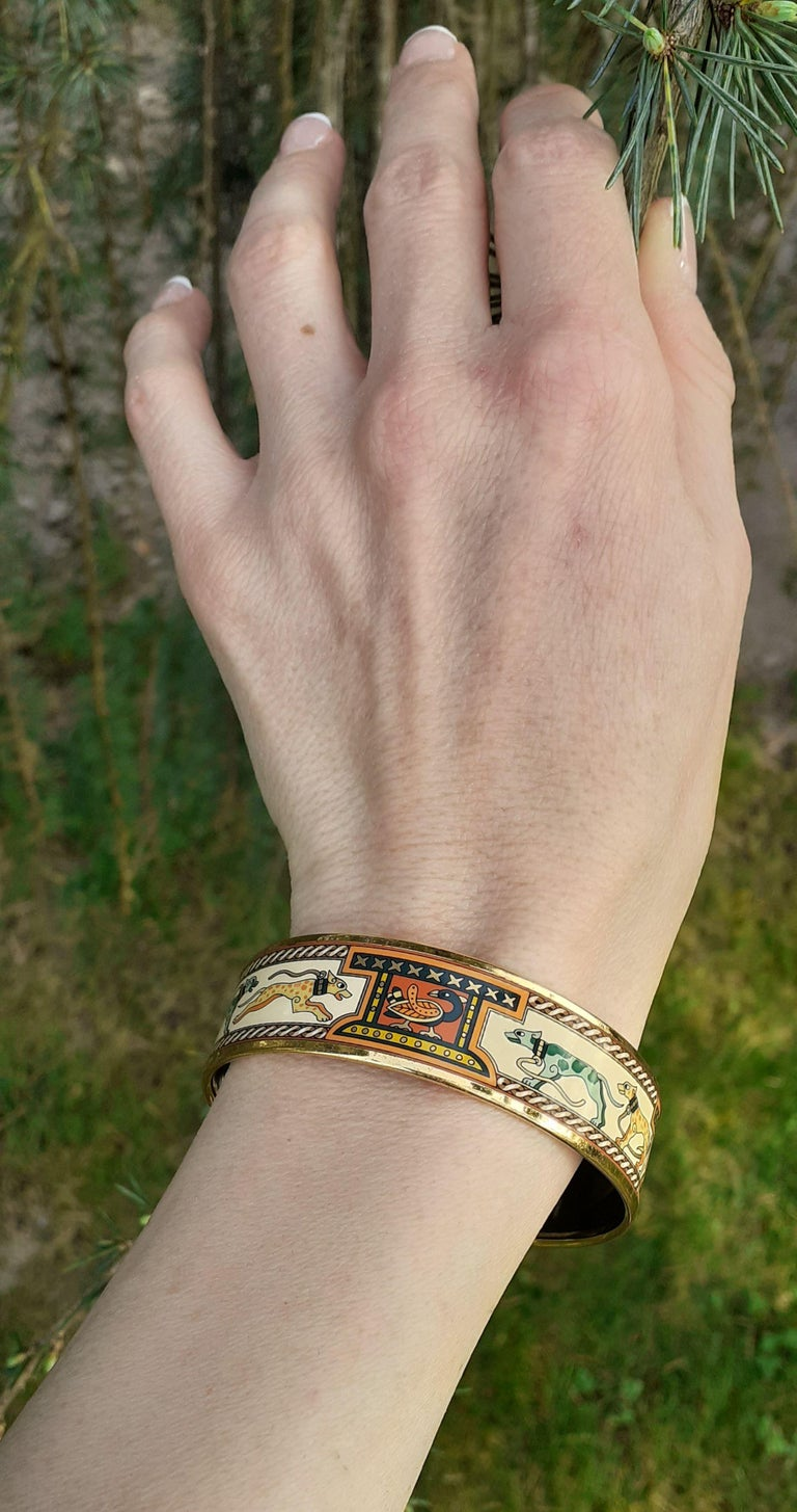 Hermès Enamel Bracelet Greyhound Dogs Lévriers Golden Hdw Size PM 65 For Sale 10