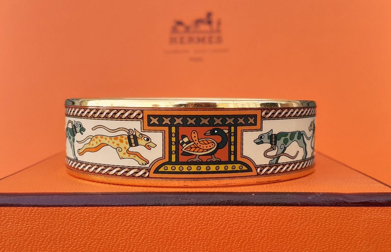 Women's Hermès Enamel Bracelet Greyhound Dogs Lévriers Golden Hdw Size PM 65 For Sale