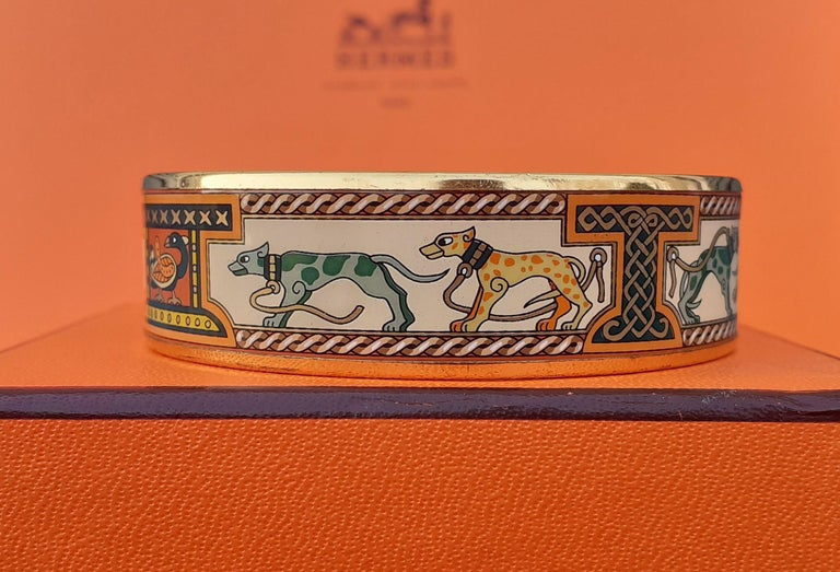 Hermès Enamel Bracelet Greyhound Dogs Lévriers Golden Hdw Size PM 65 For Sale 2