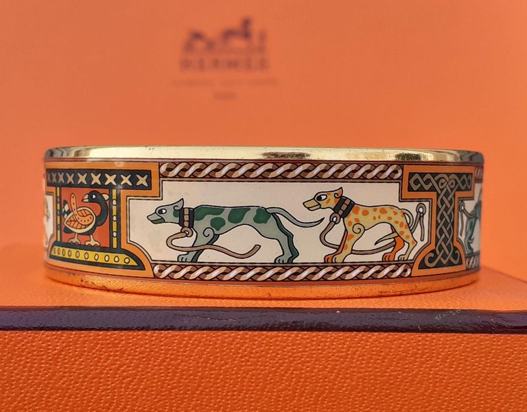 Hermès Enamel Bracelet Greyhound Dogs Lévriers Golden Hdw Size PM 65 For Sale 4