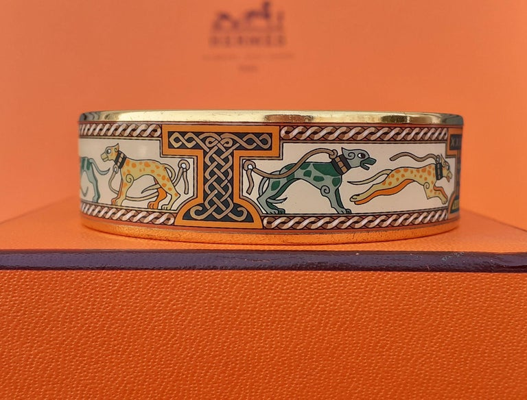 Hermès Enamel Bracelet Greyhound Dogs Lévriers Golden Hdw Size PM 65 For Sale 5