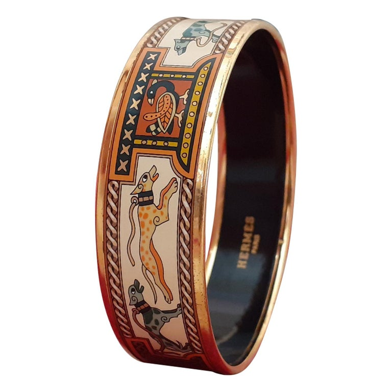 Hermès Enamel Bracelet Greyhound Dogs Lévriers Golden Hdw Size PM 65 For Sale