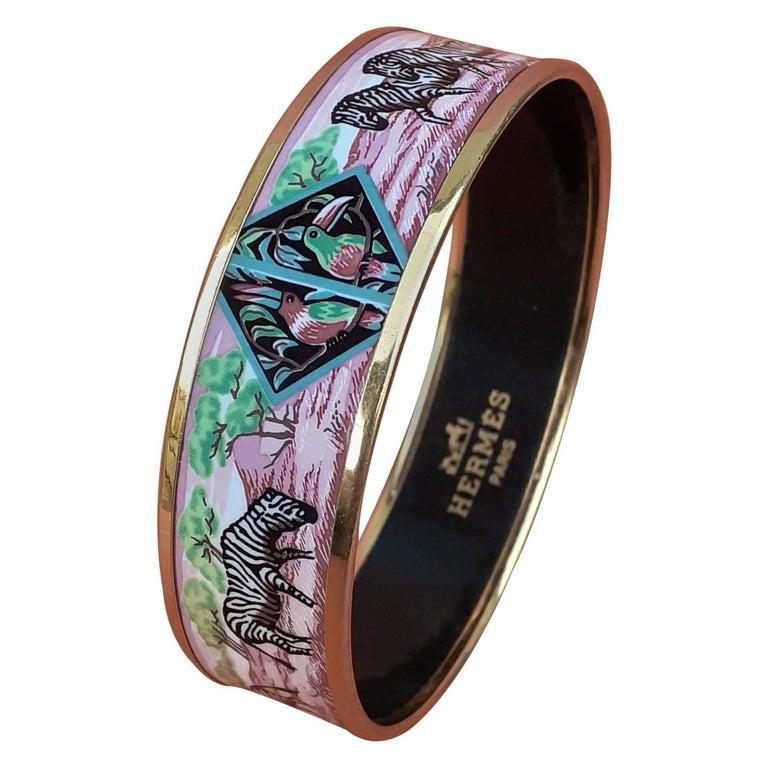 Hermès Enamel Bracelet Zebras Toucans Tropiques Pink Ghw Large Width Size 65 For Sale