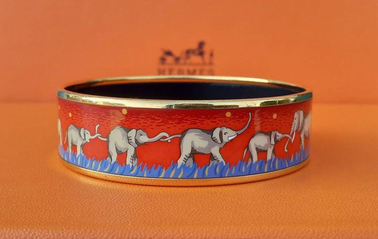 Hermès Enamel Printed Bracelet Elephants Grazing Red Ghw Large Size GM 70 For Sale 3