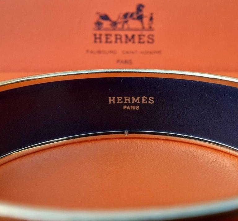 Hermès Enamel Printed Bracelet Elephants Grazing Red Ghw Large Size GM 70 For Sale 4