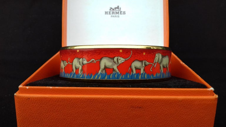 Hermès Enamel Printed Bracelet Elephants Grazing Red Ghw Size GM RARE For Sale 5