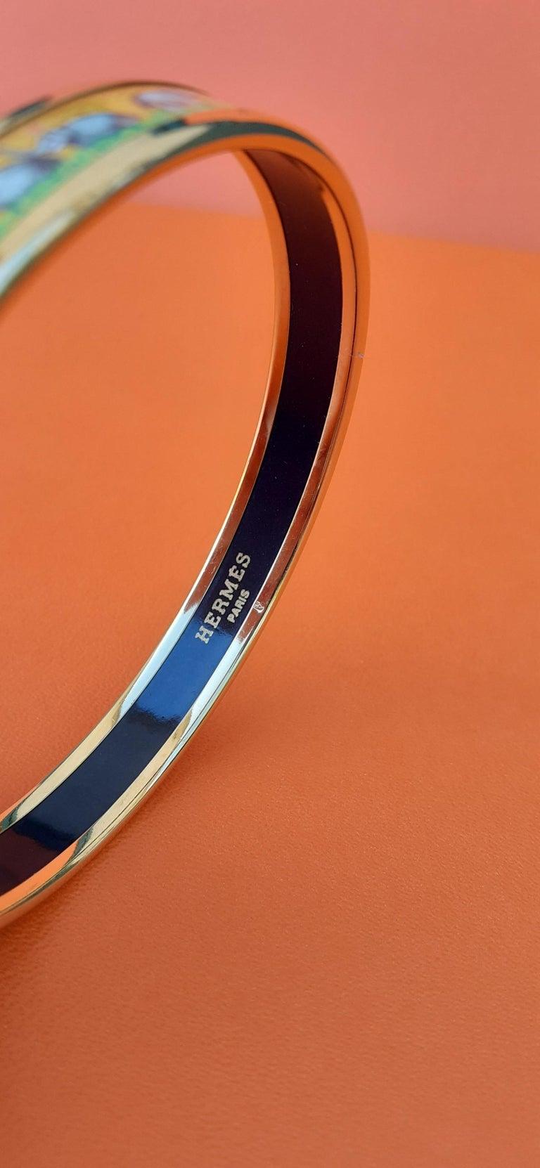 Hermès Enamel Printed Bracelet Elephants Grazing Yellow Ghw Narrow Size 65 For Sale 4