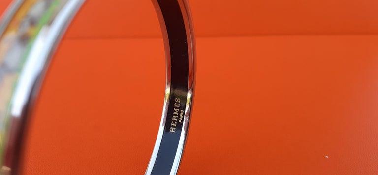 Hermès Enamel Printed Bracelet Elephants Grazing Yellow Phw Narrow Size 65 For Sale 7