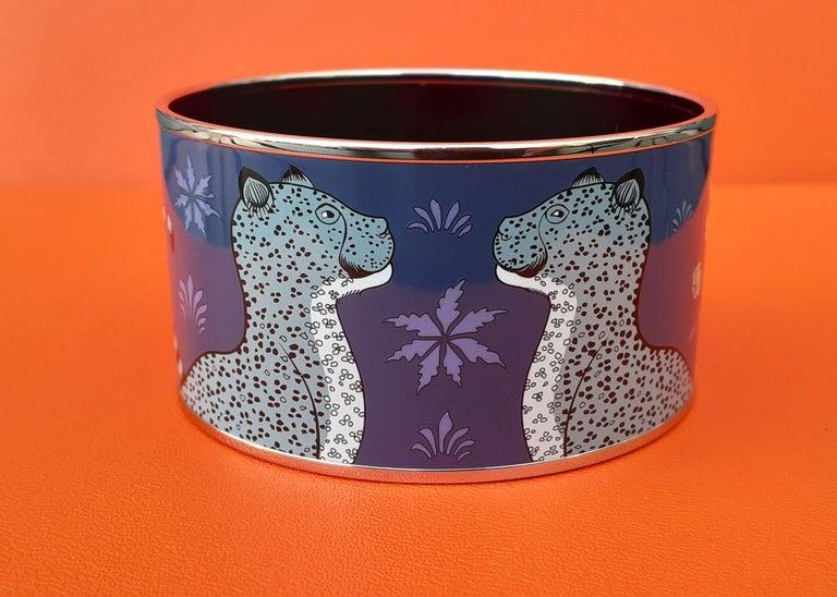 Beautiful Authentic Hermès Bracelet   Pattern: Les Léopards