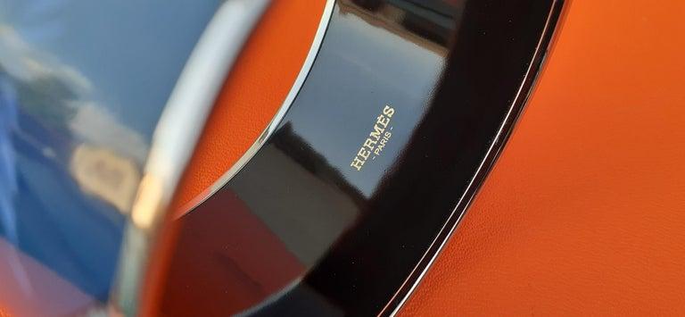 Hermès Enamel Printed Bracelet Leopards Blue Extra Wide Palladium Hdw Size GM 70 For Sale 4