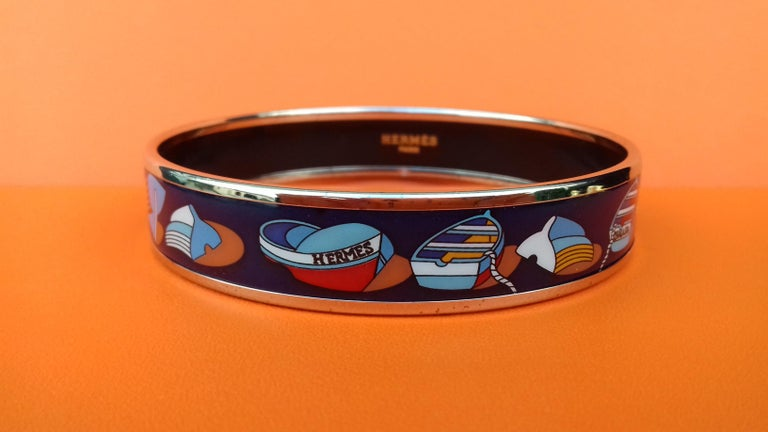 Hermès Enamel Printed Bracelet Thalassa See Boats Pattern Blue Phw Size 70 In Good Condition For Sale In ., FR