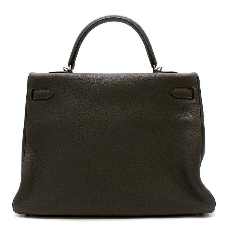 Hermes Etain Clemence Leather Retourne Kelly 32 PHW In Excellent Condition For Sale In London, GB