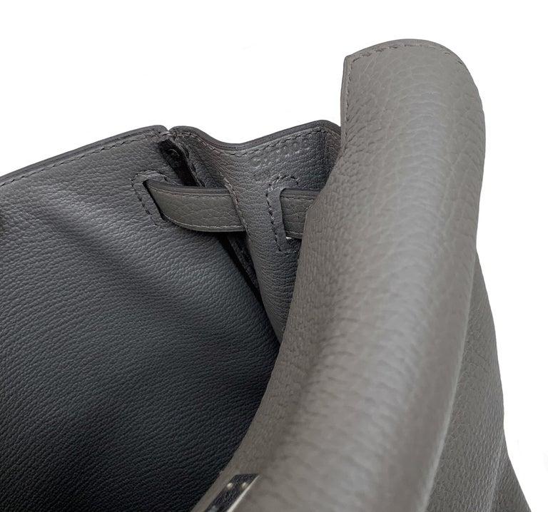 Hermès Etoupe Clémence Leather Kelly Ado II Backpack For Sale 8
