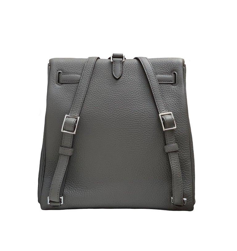 Hermès Etoupe Clémence Leather Kelly Ado II Backpack For Sale 2