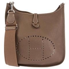 HERMES Etoupe taupe Clemence leather EVELYNE III 29 Crossbody Bag