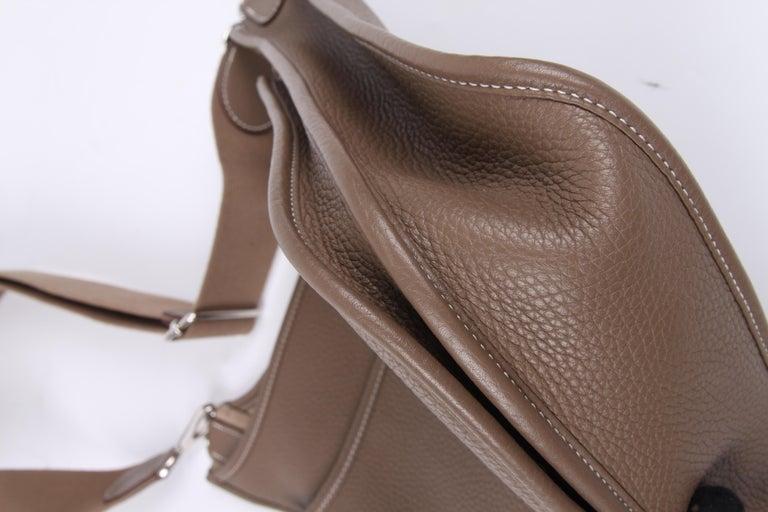 Hermes Evelyne Bag PM - taupe   Hermes Evelyne Bag PM - taupe   Hermes Evelyne For Sale 5