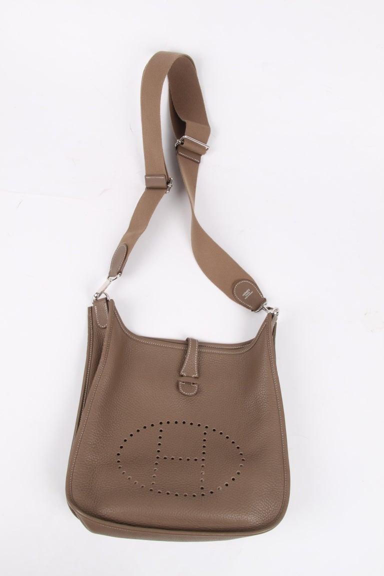 Hermes Evelyne Bag PM - taupe   Hermes Evelyne Bag PM - taupe   Hermes Evelyne For Sale 1