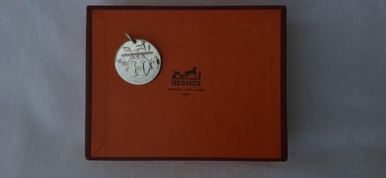 Hermès Ex Libris Pattern Pendant For Necklace Sterling Silver GM  For Sale 3
