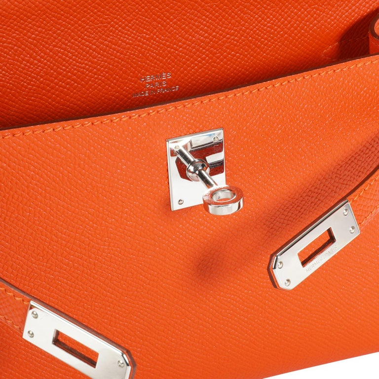 Hermès Feu Epsom Kelly Pochette PHW In Excellent Condition For Sale In New York, NY