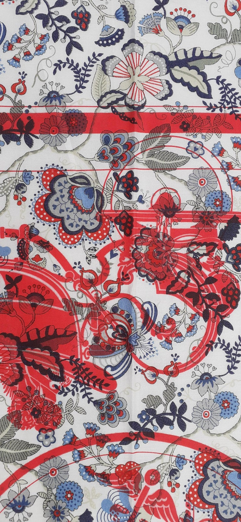 Hermès For Liberty Cotton Scarf Ex Libris and Flowers 26' Limited Edition For Sale 5