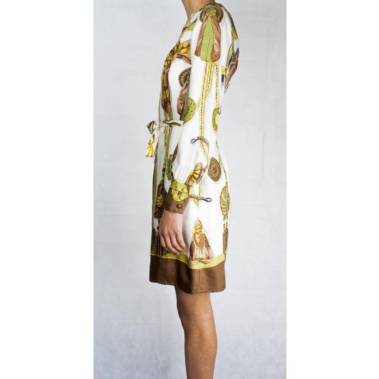 Hèrmes Frontaux et Cocardes Limited edition silk dress, circa 1968 For Sale 4