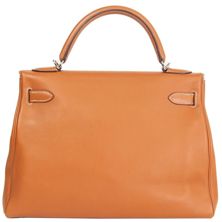 HERMES Gold camel Swift leather KELLY 32 RETOURNE Bag In Excellent Condition For Sale In Zürich, CH