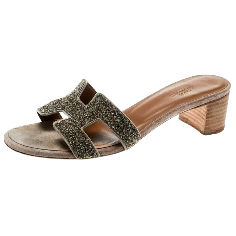 8203e3816653 Hermes Gold Glitter Leather Oasis Slide Sandals Size 37 For Sale at ...