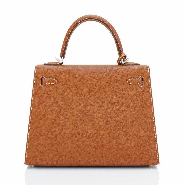 Women's Hermes Gold Kelly 25cm Tan Sellier Shoulder Bag Z Stamp, 2021 RARE For Sale
