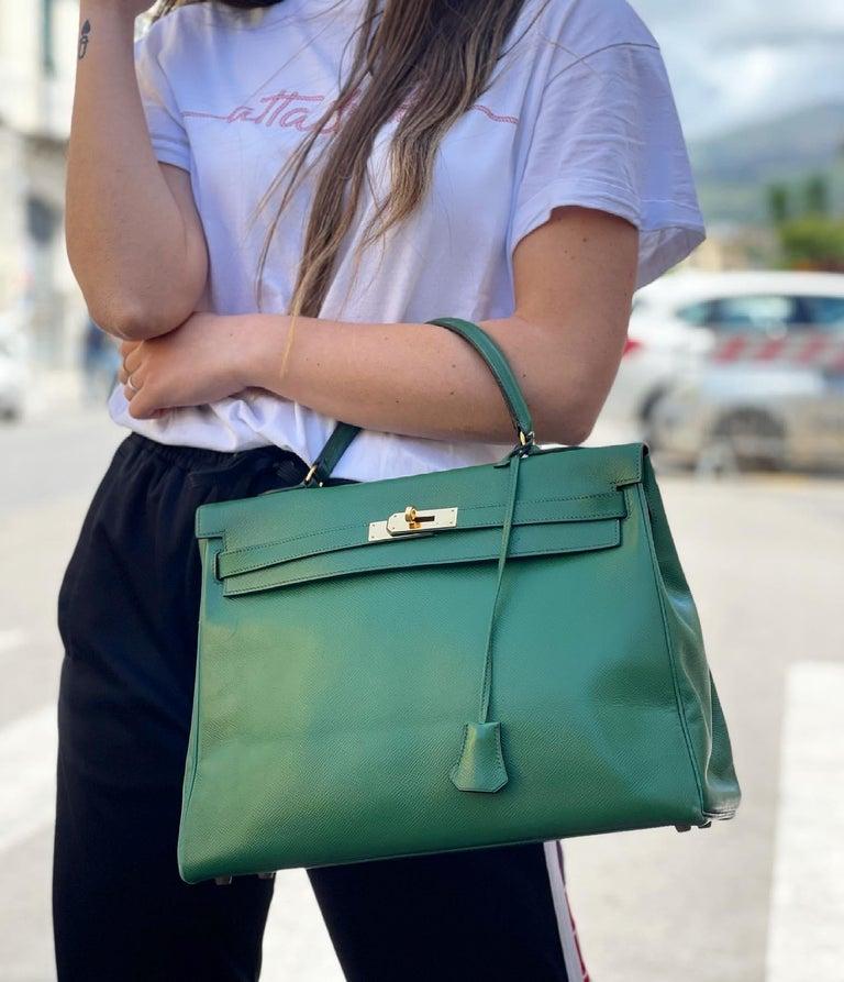 Hermès Green Epsom Kelly 35 Bag  For Sale 8
