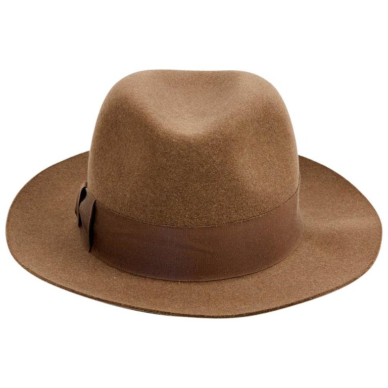 Hermes Hat in Beige Size 57 For Sale