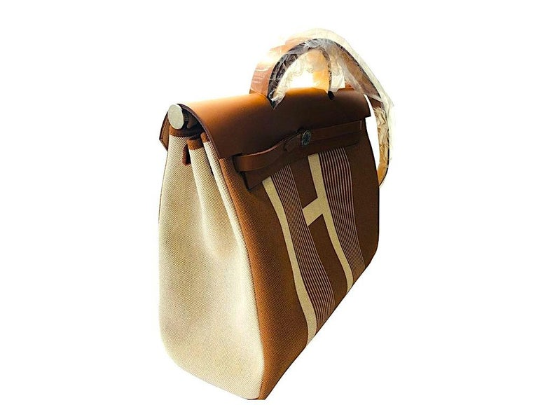 Absolutely gorgeous Limited Edition Hermes Herbag Zip 39 Retourne Toile Plume H Vibration/Hunter for sale. These are so difficult to find and only few made. The colour is Ecru-Beige and is Brand New, Year 2020. Grab this exclusive piece knowing that
