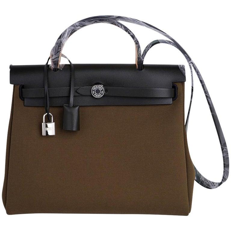 Hermes Herbag Zip Toile Officier PM 31 Vert Olive/Khaki Vache Hunter Leather For Sale