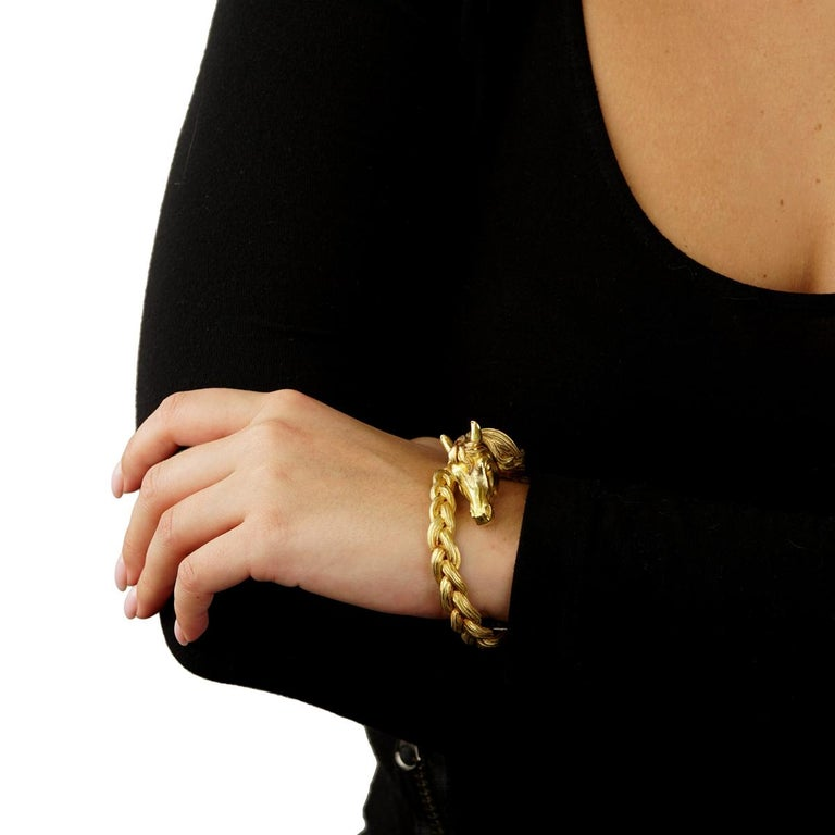 Hermes Horse Head Gold Bangle Bracelet In Excellent Condition For Sale In Feasterville, PA