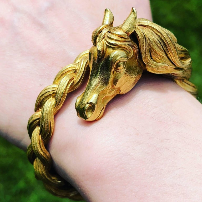 Hermes Horse Head Gold Bangle Bracelet For Sale 2