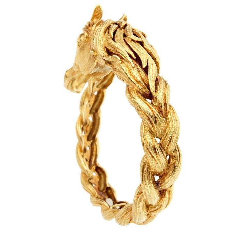 Women's Hermes Horse Head Yellow Gold Bangle Bracelet For Sale