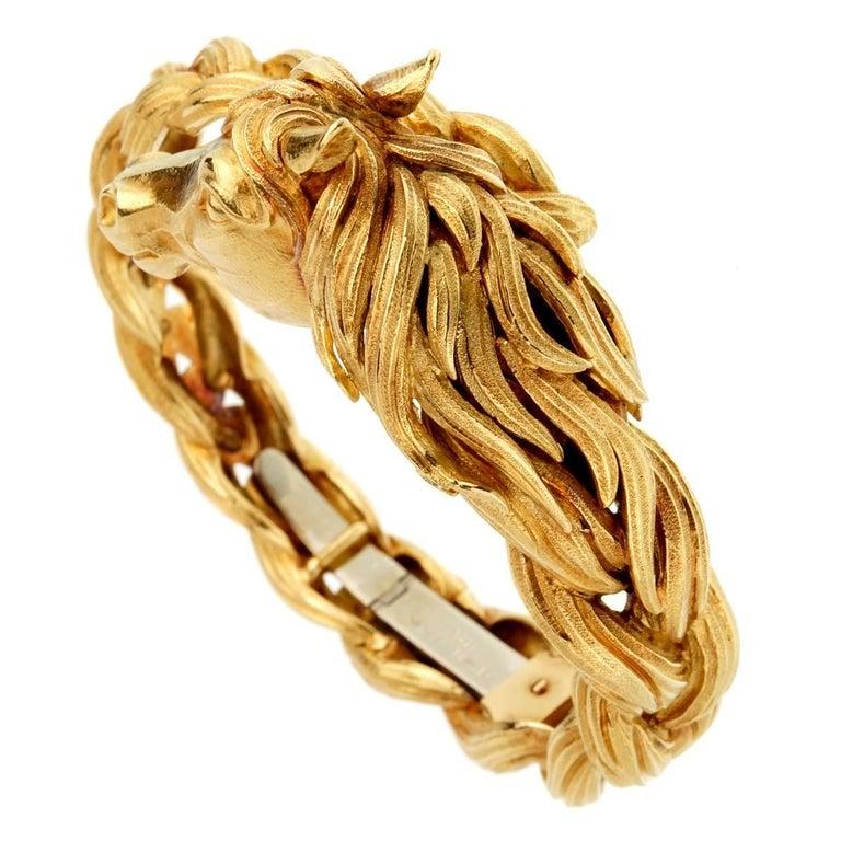 Hermes Horse Head Yellow Gold Bangle Bracelet For Sale 1