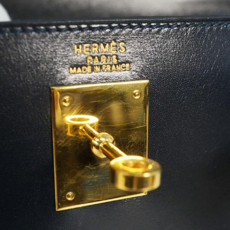 HERMES inside seam Kelly32 Womens handbag Navy x gold hardware For Sale 7