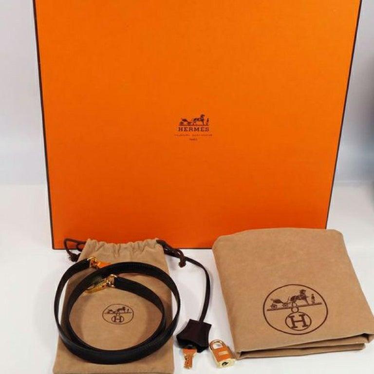 HERMES inside seam Kelly32 Womens handbag Navy x gold hardware For Sale 11