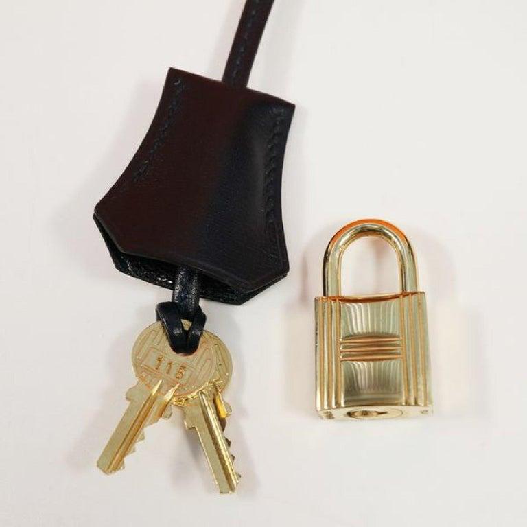 HERMES inside seam Kelly32 Womens handbag Navy x gold hardware For Sale 12