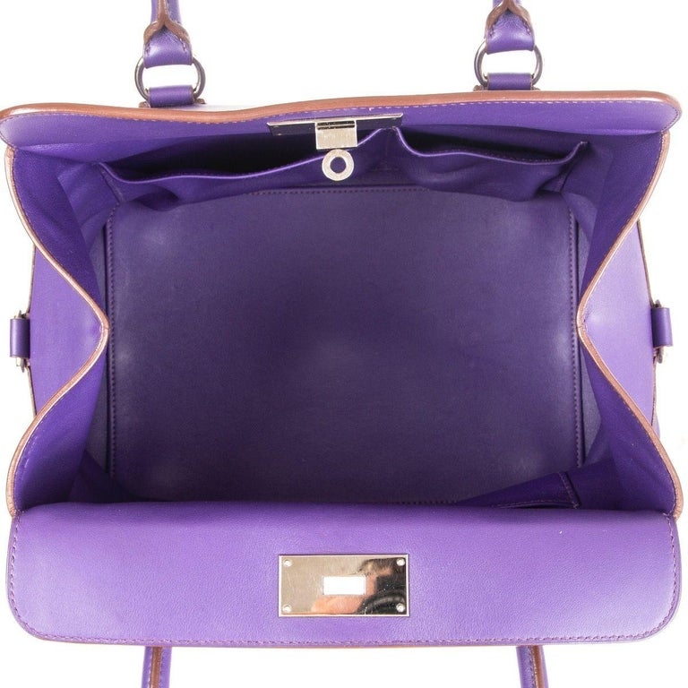 HERMES Iris purple Swift leather TOOLBOX 26 Shoulder Bag In Excellent Condition For Sale In Zürich, CH