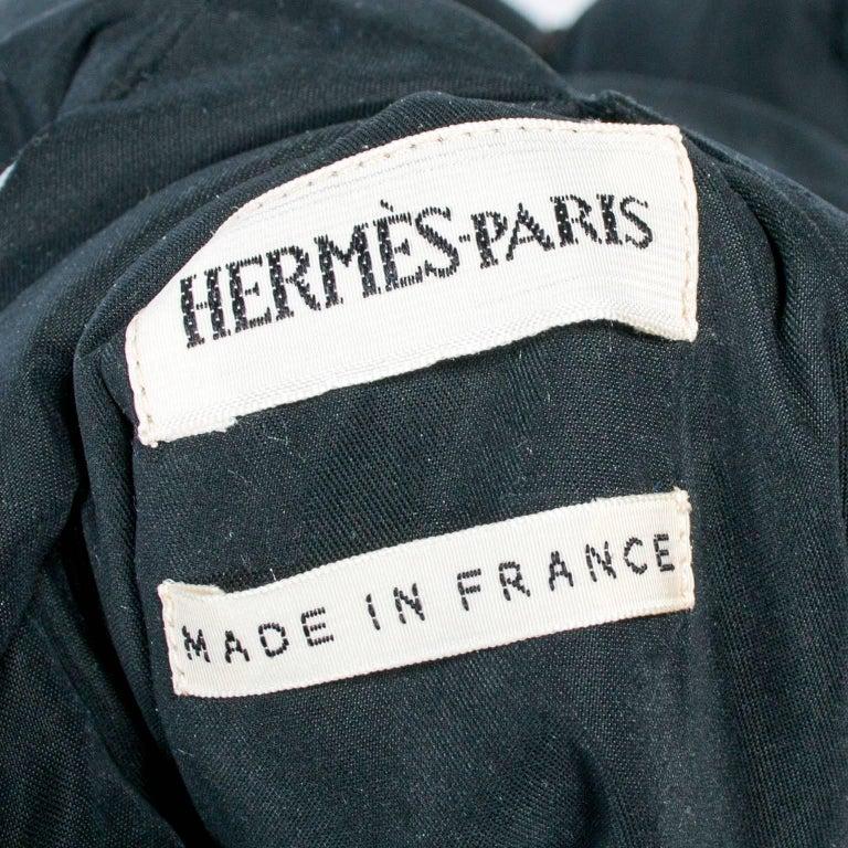 Hermes Jacket in Les Mythologies des Hommes Rouges Scarf Print Reversible Coat M For Sale 5