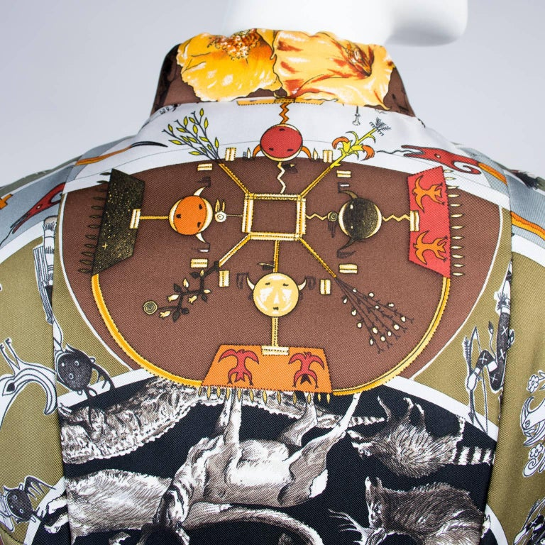 Hermes Jacket in Les Mythologies des Hommes Rouges Scarf Print Reversible Coat M For Sale 1
