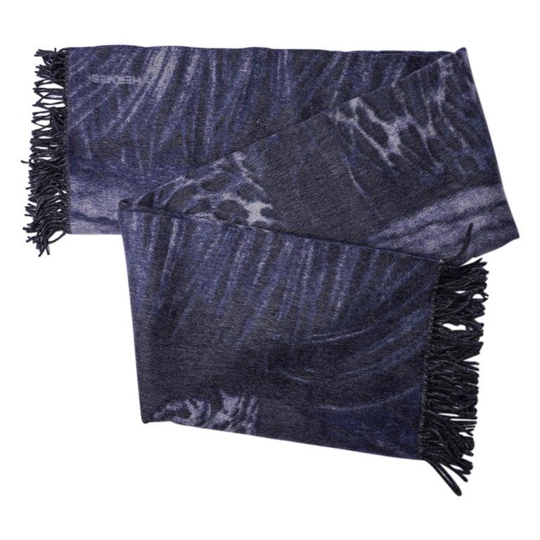 Hermes Jaguars Du Bresil Blanket Bleu Cashmere New w/ Box In New Condition For Sale In Miami, FL