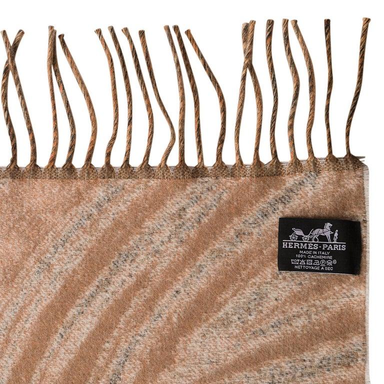 Hermes Jaguars Du Bresil Blanket Naturel Cashmere New w/ Box For Sale 7