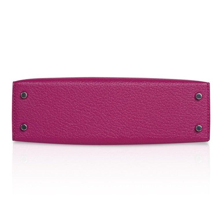 Hermes Kelly 20 Mini Sellier Bag Rose Pourpre Chevre Leather Palladium New w/Box For Sale 7
