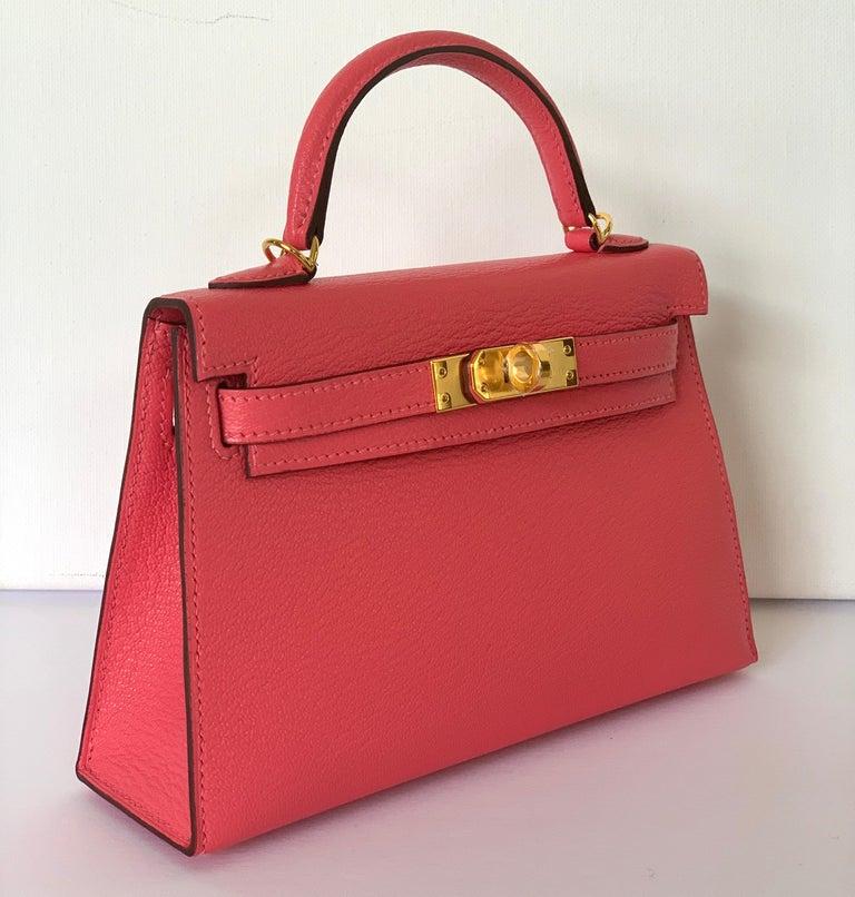 Red Hermes Kelly 20 Mini II Sellier Rose Lipstick Chevre Gold Hardware 2020 Y For Sale