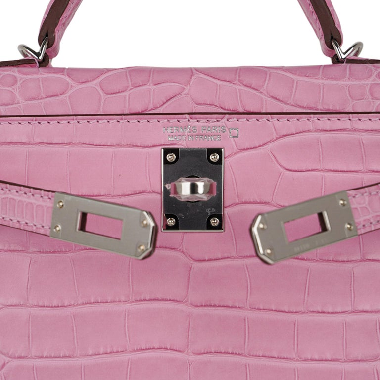Hermes Kelly 20 Mini Sellier Bag 5P Pink Matte Alligator Palladium Limited  In New Condition For Sale In Miami, FL